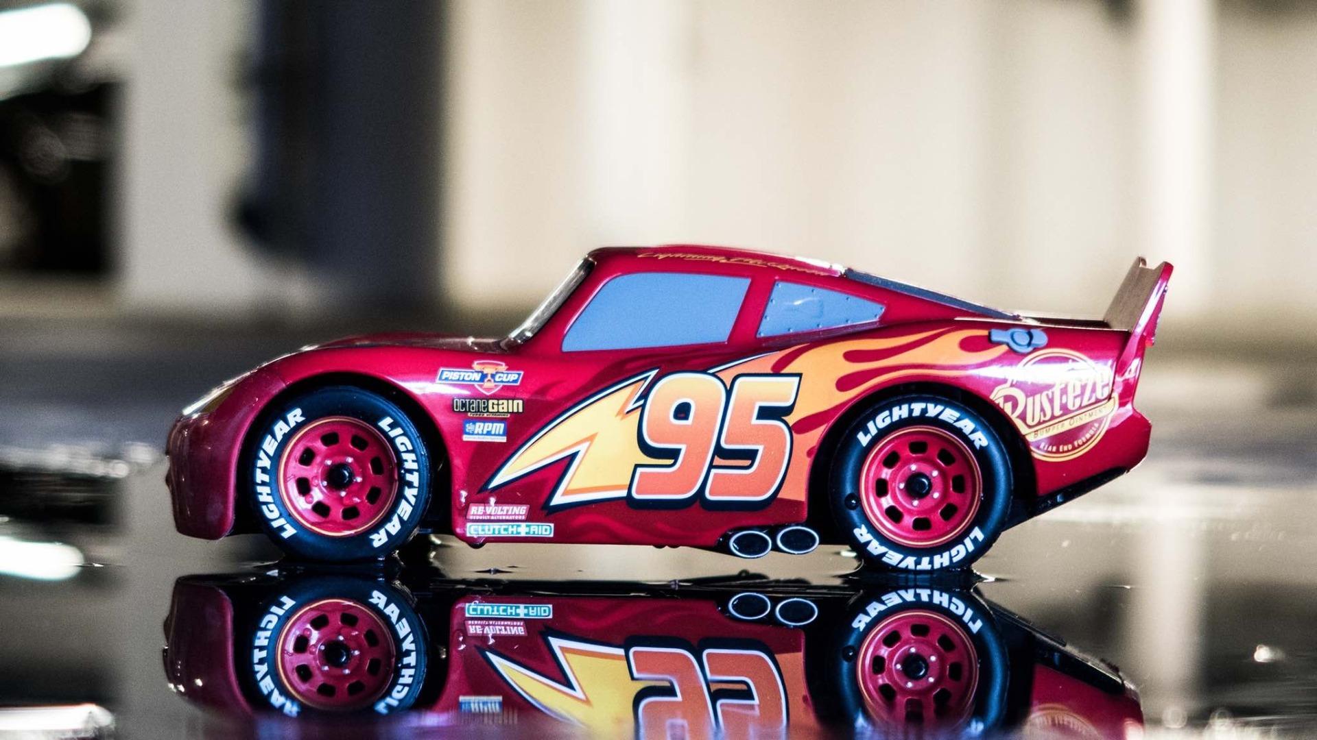 Lightning McQueen a lenyűgöző okosjáték